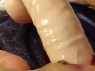 amateur close-up dildo hidden-cam homemade mammy masturbation orgasm squirting