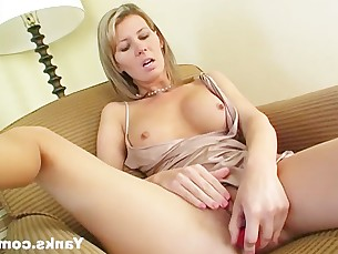 amateur cumshot dildo kinky mammy masturbation milf orgasm pleasure