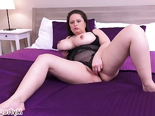 ass big-tits boobs bus busty bbw fatty fuck hot