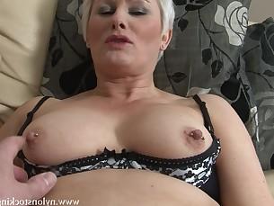 lingerie mammy masturbation milf nylon panties prostitut stocking striptease