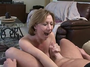 amateur babe blowjob crazy cumshot facials homemade hot jerking