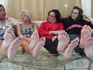 bbw feet foot-fetish friends mammy mature milf