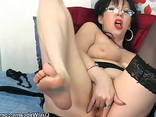 bus busty masturbation mature playing pussy solo webcam