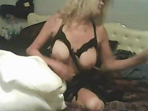 amateur big-tits boobs fetish lingerie mammy mature milf striptease
