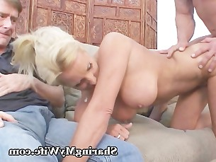 big-tits blonde bus busty cumshot fetish friends homemade kinky