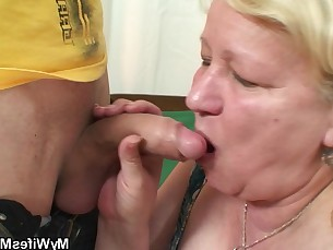 amateur big-tits boobs bbw mammy mature wife